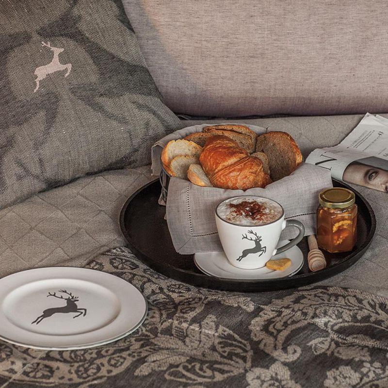 gmundner keramik grauer hirsch unterteller cappucc. Black Bedroom Furniture Sets. Home Design Ideas